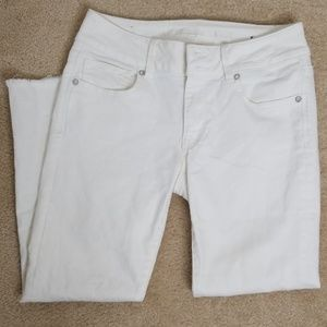 American Eagle Outfitters cropped jean size 4